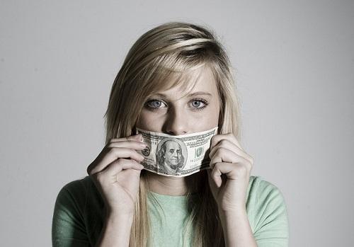 I-soldi-non-comprano-la-felicità-ma-ci-fanno-vivere-più-tranquilli
