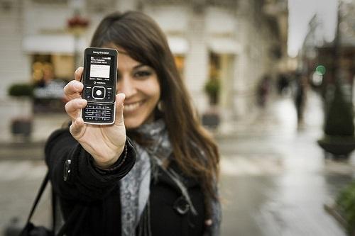 Usare-lo-smartphone-rende-meno-svegli-e...meno-intelligenti